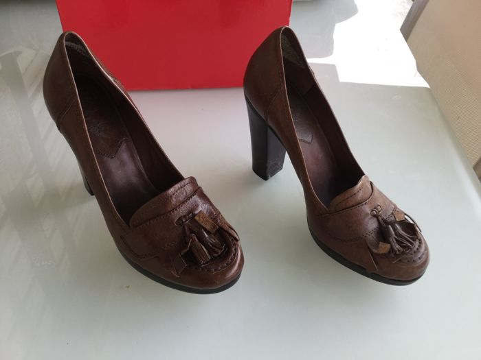 ASH beautiful moccasins in leather with heels Size 40