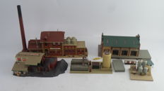 Scenery H0 - 9442/5609/B150 - Brewery, coal store, goods shed and petrol storage tank with pump
