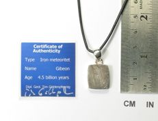 Pendant with meteorite Gibeon / 925 Sterling Silver - 20.6 mm x 14.2 mm x 4.1 mm