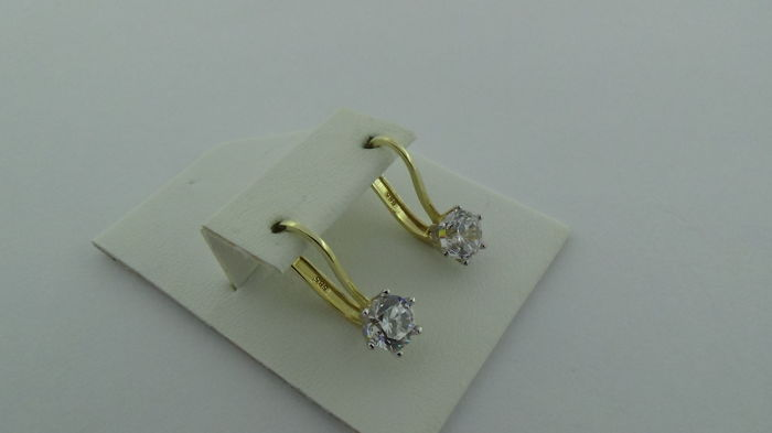 14 kt Gold earrings with zirconia - Length: 17.5 mm