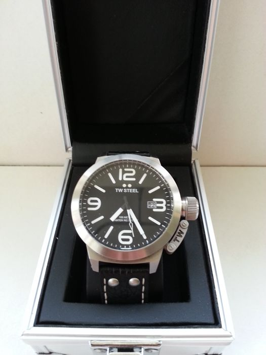 TW Steel Canteen TW22R – Men´s wristwatch
