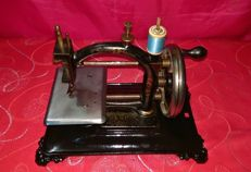 "Antique Guhl&Harbeck ""Original espress"" sewing machine, 1865"