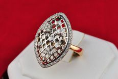 Exclusive Ring, Diamonds total +/- 0.60 ct set on Oval-shaped honey-comb Bi-Color Gold Ring -FAST SHIPPING**
