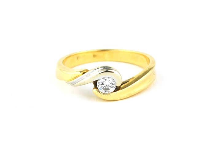 "Solitaire Diamond (+/-0.20ct G-H-I/VS) set on 18k Bi-color Gold ""TWIST"" Ring - E.U Size 52 *Re-sizable"