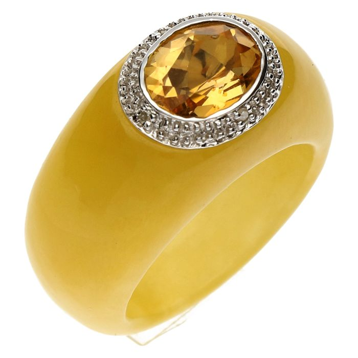 Ring - 14 Kt White gold - Coloured Jade set with Citrine and Diamond 0.02 Ct. - Ring size 16 -