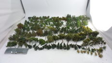 Scenery H0 - Tree batch with +- 165 trees, different types and sizes for model tracks