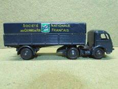 """Dinky Toys-France - Scale 1/48 - Panhard Articulated Lorry """"SNCF"""" No 32AB"""
