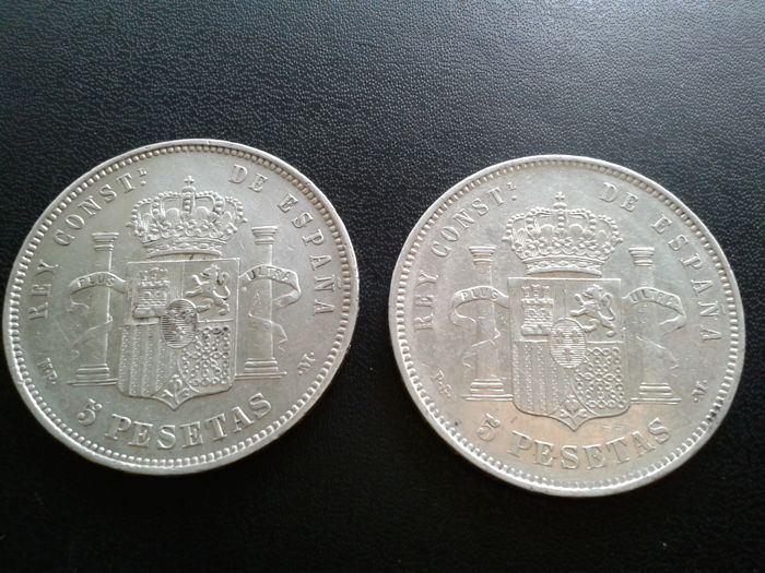 Spain – 5 pesetas – 188/1892 (two coins)