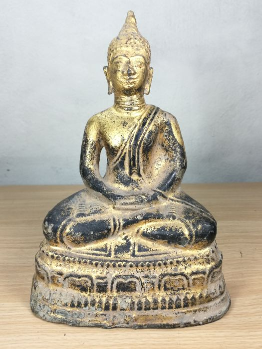 Bronze Buddha sitting on lotus - Thailand - 19th century