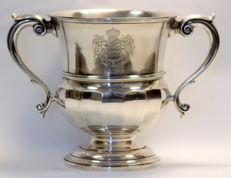 "Silver trophy / wine cooler with ""Deo Juvante"" Coats of arms of Monaco engraving - Mappin & Webb - Sheffield - 1934"