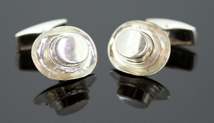 Vintage sterling silver top hat cufflinks, London 1997, Possibly London Cufflink Company