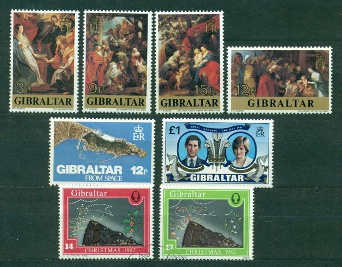 channel islands and gibraltar 1953 2001 collection of 1080 stamps 18 minisheets and booklets