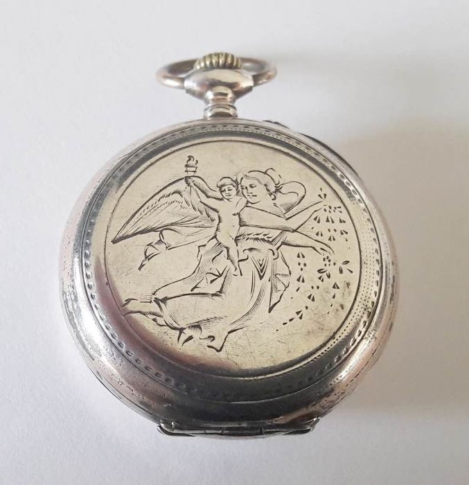 Swiss Women's pocket watch – Period 1900 – silver.