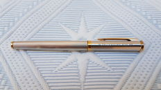 Waterman 20th Century Fox he - France, 750 18 k gold fountain pen