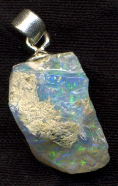 925 silver Pendant with Welo opal from Ethiopia - Pendant length: 23.20 mm