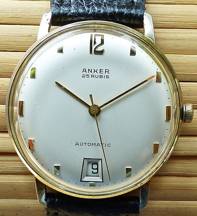 ANKER Max Bill design 25 rubies with date -- men's wristwatch from the 1960s