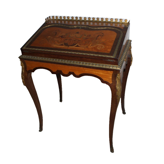 Beautiful lady's writing desk drop-leaf desk, with polychrome wood inlays, from Charles-Guillaume Diehl - Napoleon III - France - third quarter of the 19th century