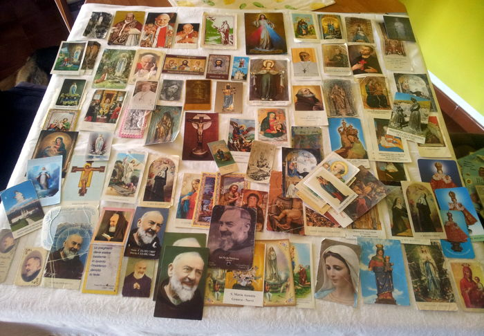 Collection of 140 'Holy cards' from the whole world: Fatima, Padre Pio, Medugorje, Lourdes, Bethlehem, etc. *** NO reserve price ***