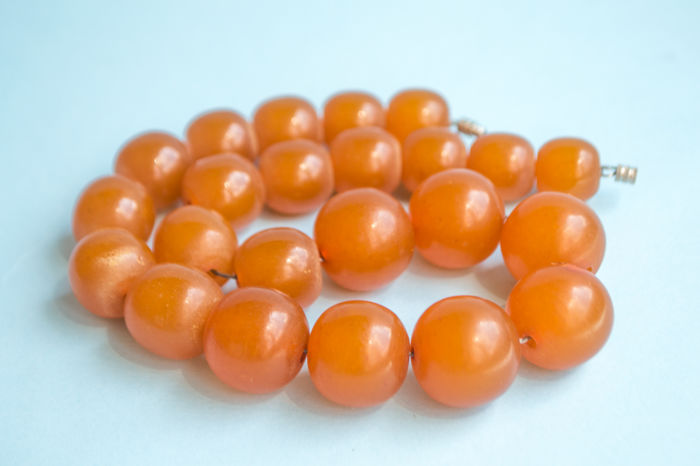 Art Deco Baltic Amber necklace, old honey butterscotch Amber, 66 gram