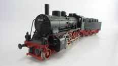 Trix H0 - 52 2409 00 - Steam locomotive with tender Series BR 38 of the DR