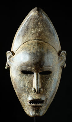 Big mask - KAKONGO - YOMBE - Democratic Republic of the Congo