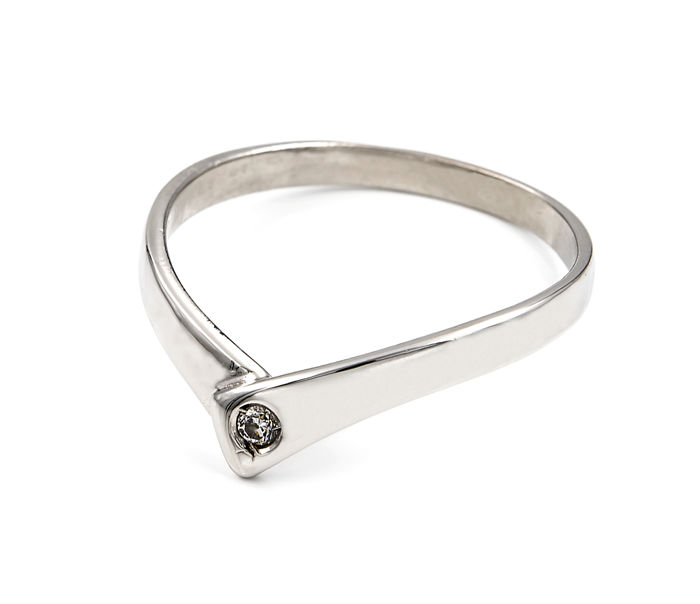 750/1000 (18 kt) white gold – Cocktail ring – Diamond of 0.07 ct – Inner diameter: 17.40 mm (approx.)