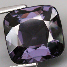 Blue Spinel - 5.93 ct - No reserve price