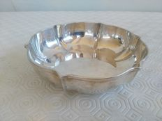 Circular candy bowl in solid silver 800, manufactured by Schiavon