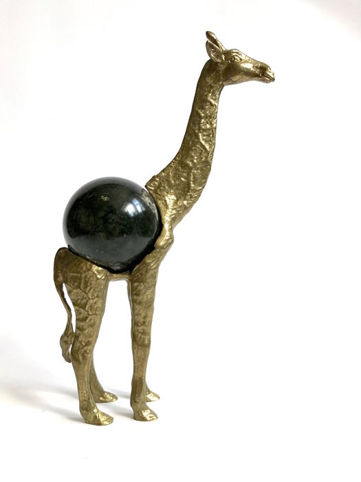 Fine Serpentine sphere - 6cm - set into Bronze Giraffe figurine - hight 24 cm - 818 gm