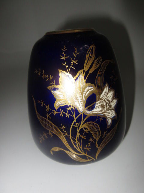 Porcelain ceramic vase Limburg cobalt blue floral decor gold trim ceramic