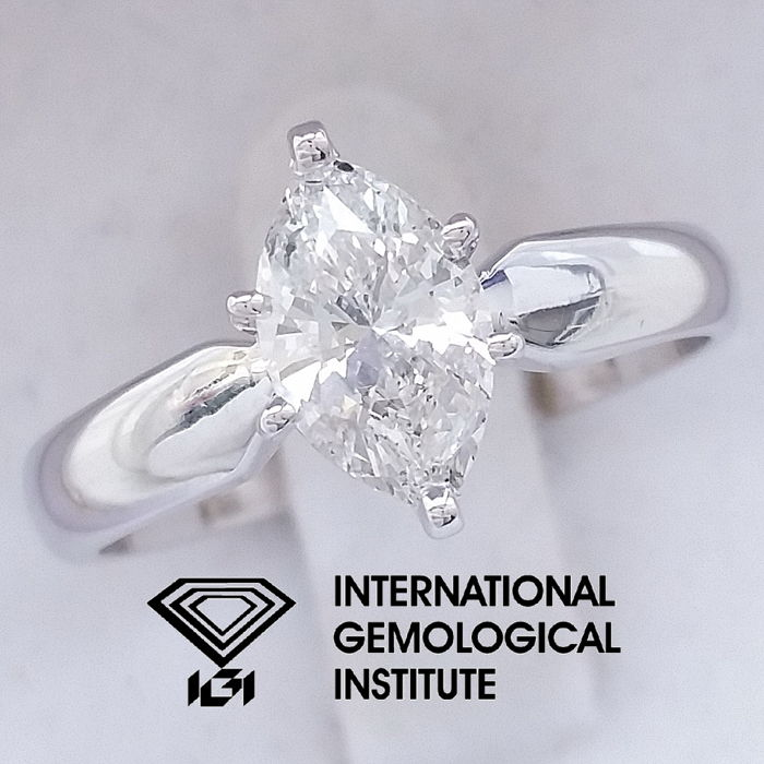 IGI 1.05 ct Marquise Brilliant Cut Diamond Engagement Solitaire Ring, size 55 / 17.50 mm ***Free Resize***