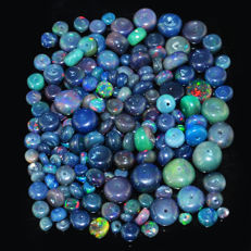 Lot of natural Blue Opal beads from Ethiopia - 2 to 10 mm - 54 ct