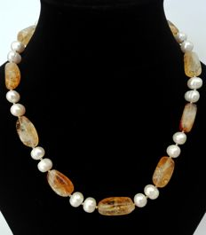 Citrine stone and baroque pearl necklace with silver 925 clasp