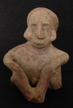 Pre-Columbian Jalisco seated male figure - Mexico - 14 cm