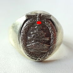 Commemorative Ring Navy WW2 made of 800 silver