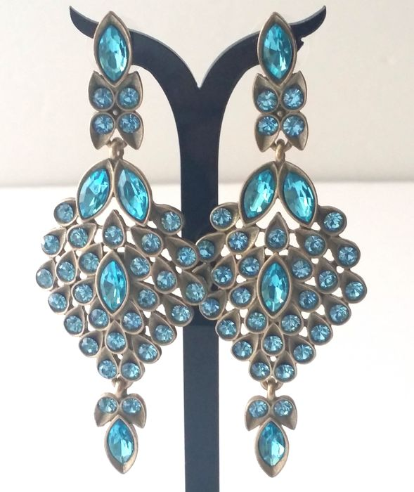 Oscar De La Renta - Blue Swarovski Earrings