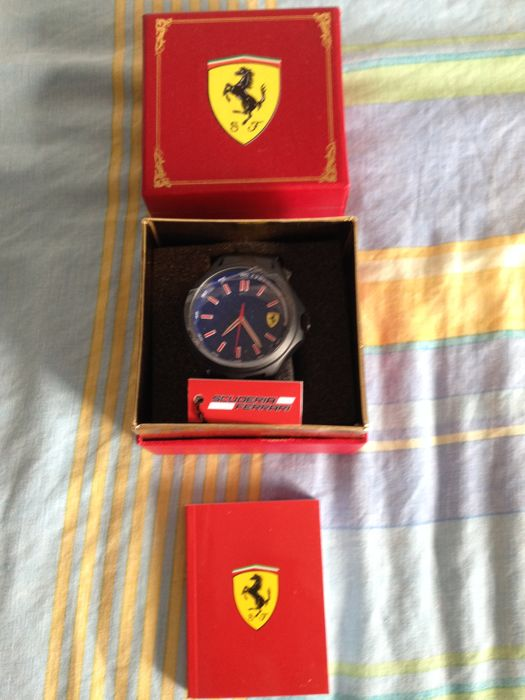 Ferrari - Men's wristwatch - Ferrari  Scuderia - Rubber strap - Men's team with Union Jack box - Blue dial - 0830351