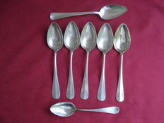 5 Table spoons, Scharenberg, Germany, 1930, 1 table spoon and 1 dessert spoon
