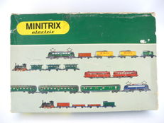 Minitrix N - 1906 - old starter set with steam locomotive and passenger train T3 including rail oval and transformer [149]