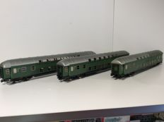 Hobbytrain H0 - H42020 - 3-piece set double decker wagons of the DB (1667)