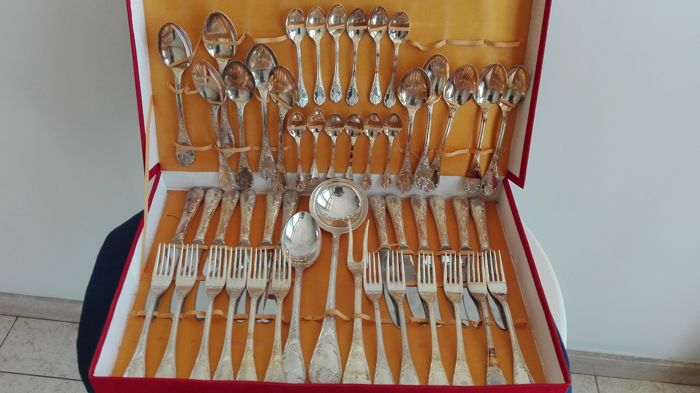 A cutlery service for 12 people - 800 silver plated