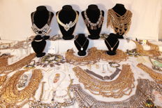 Great lot of costume jewellery (7 kilos) of the highest quality - from 1990 to 2017