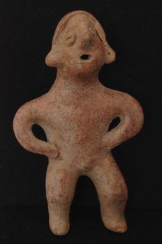 Pre-Columbian Colima standing figure, possibly a singer - Mexico -  15,5 cm