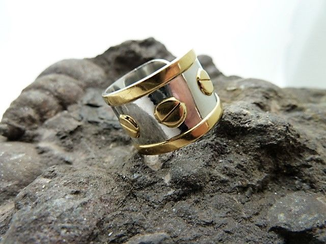 Ring in steel and 18 kt gold. Inner diameter: 18.2 mm ***No reserve***