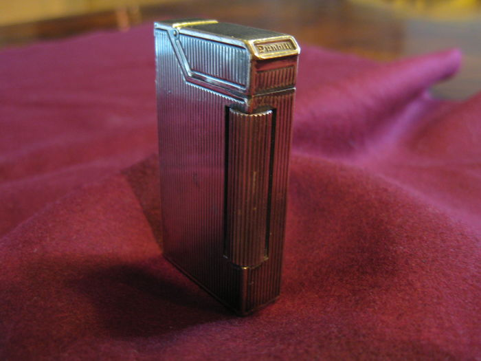 DUNHILL - silver cigarette lighter - 1930s/40s - petrol - from England
