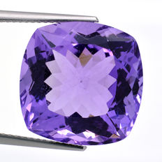 Amethyst - 16.89 ct - No reserve price.