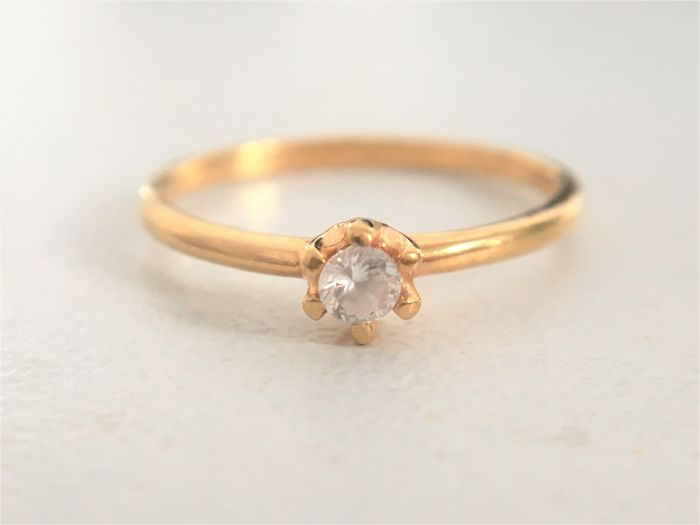 21k Gold solitaire ring brilliant cut clear zirconia - 16 mm