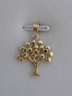 14kt. Gold pendant with zirconia   Size: 24.38 mm./ 17.26 mm.