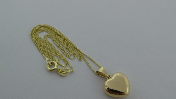 14 kt Gold Curb Link Necklace with Pendant (Heart) – Length: 45.5 cm