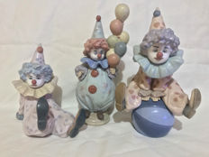 Lladro, 3 little clowns.